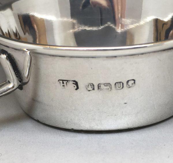 Silver_tea_strainer