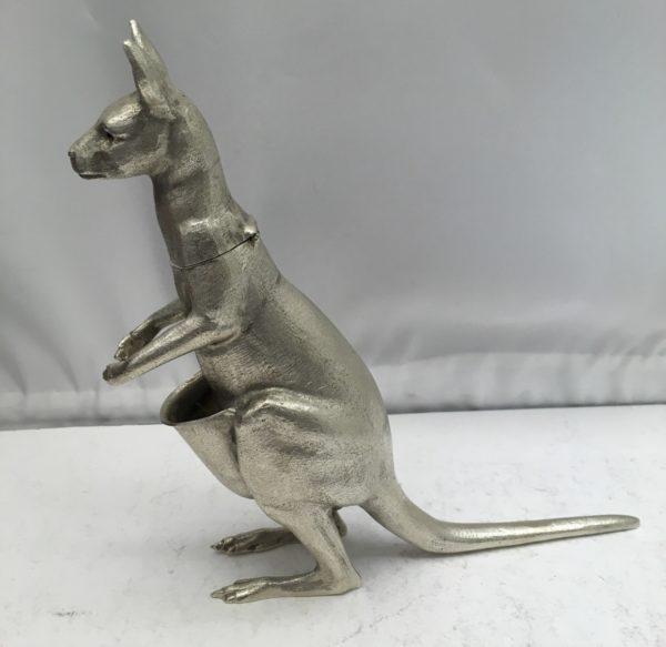 silverkangaroo