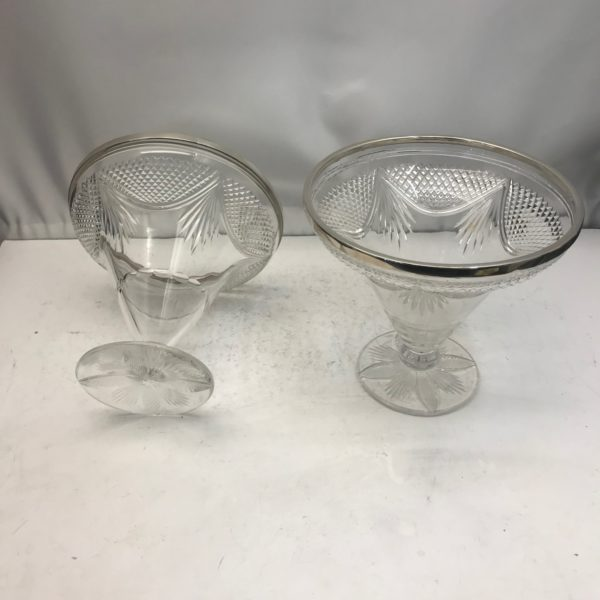 Pair_silver_glass_vases3