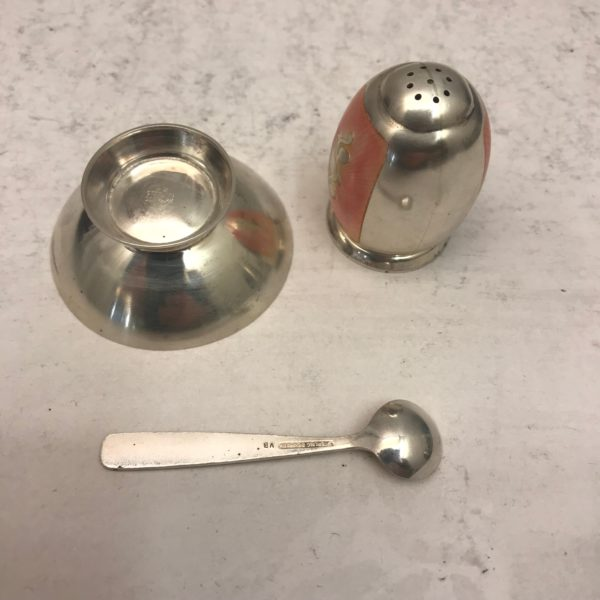 Silver_salt_and_pepper2
