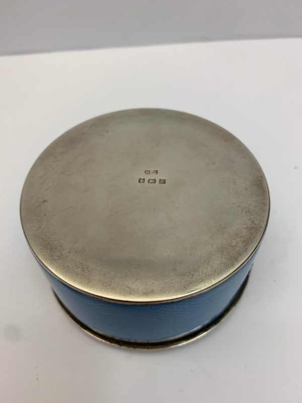 20th century Silver and blue enamel Oval Box - bottom