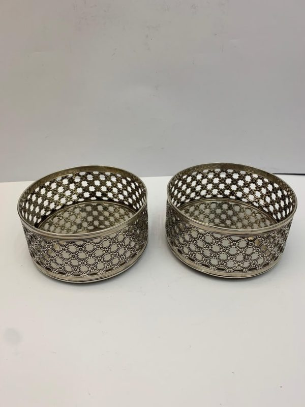 Pair of 19th Century English Pierced Silver Wine Coasters - 2