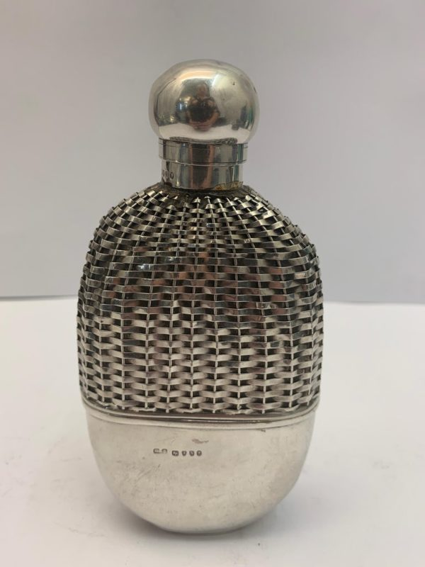 Silver hip flask with Push Tin Lid, London 1888 - main