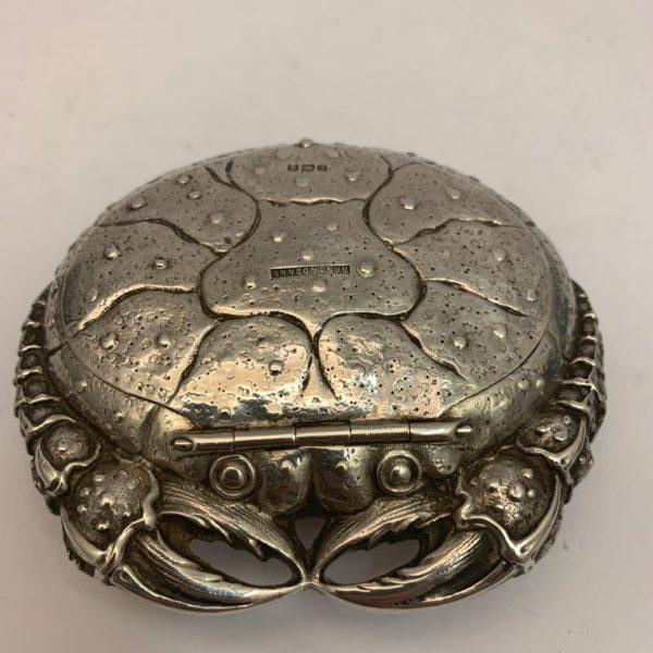 Silver Crab Snuff Box - main