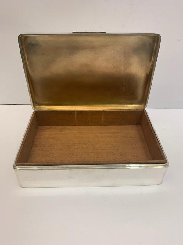 Silver Box by Zimmerman - interior 2