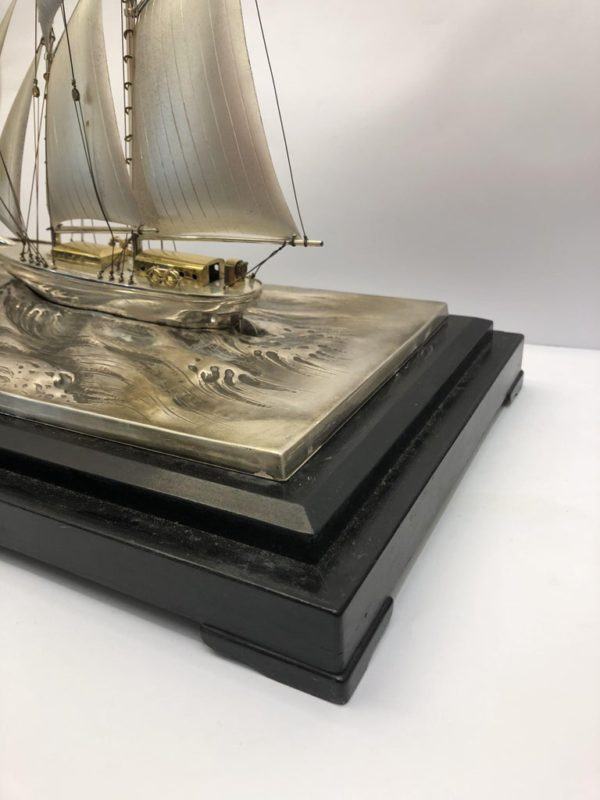 Silver Sailing Boat of Angus 5 side
