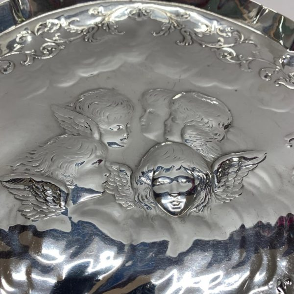 Antique Silver Tray of Unusual Shape, 1903 - Detail